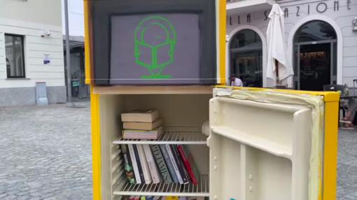 A Settimo, i libri si conservano in frigo. Inaugurati due Frigobook
