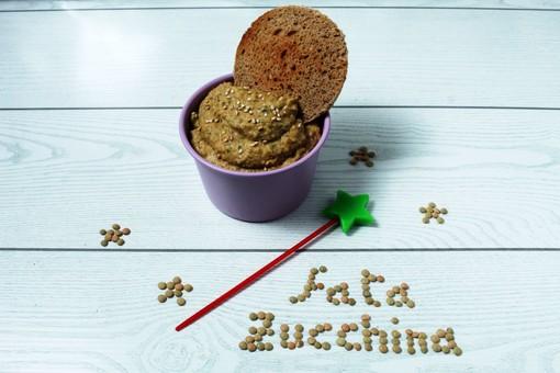Felici & Veloci, la nuova ricetta di Fata Zucchina: 'hummus di lenticchie'