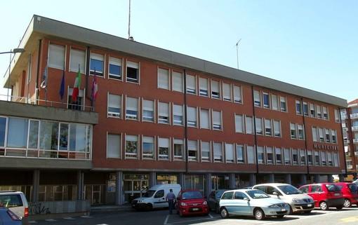 """Grugliasco, esplode la polemica in Comune. I Verdi: """"Bianco e Martino hanno chiesto il bonus Covid, si dimettano"""""""