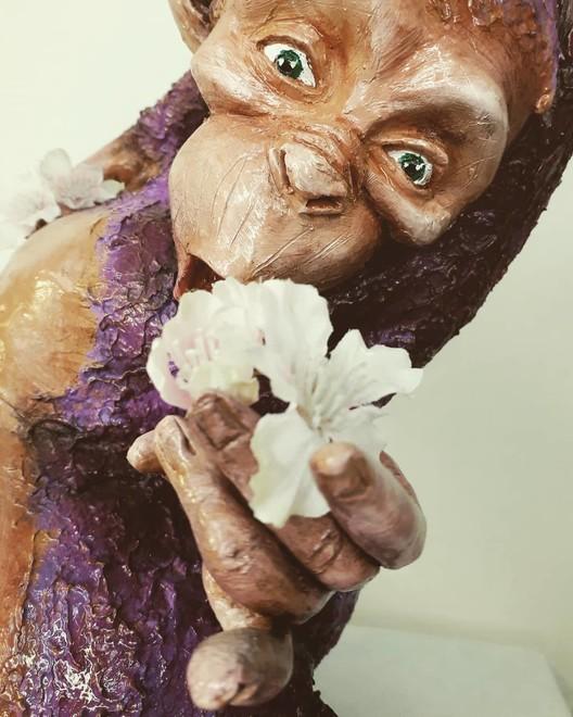 Good Karma, scultura in argilla di Francesco Marinaro (TO)