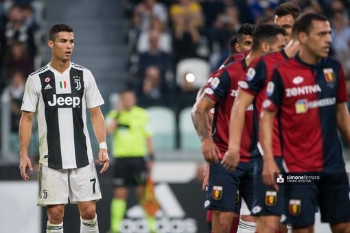 Cristiano Ronaldo nella gara con il Genoa della scorsa stagione