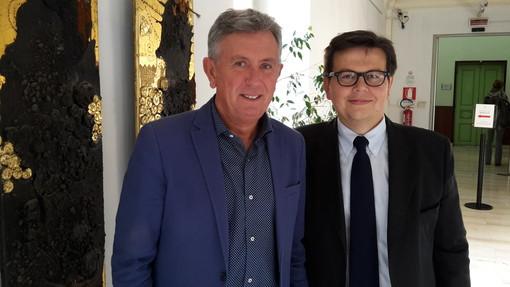 Il sindaco Claudio Castello con l'assessore al Commercio Pasquale Centin