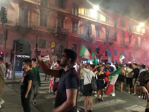 Italia campione d'Europa, festa a Pinerolo