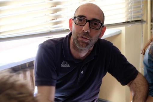 Mauro Donato, il torinese arrestato in Serbia, è uno dei fotografi della mostra Exodos
