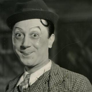 In una casa di Torino 119 anni fa nacque uno dei più grandi comici d'Italia