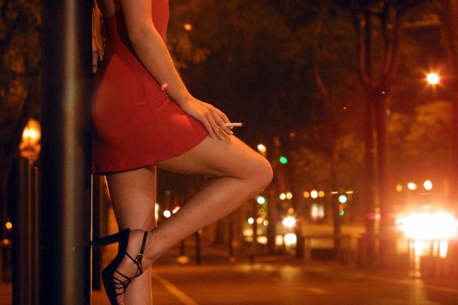 Prostituta multata a Nichelino per inosservanza dei decreti anticoronavirus - Torino Oggi
