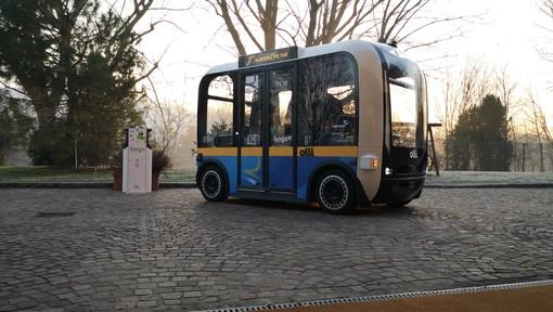 Ecco Olli, con il nuovo shuttle a Torino al via la sperimentazione del bus a guida autonoma [FOTO e VIDEO]