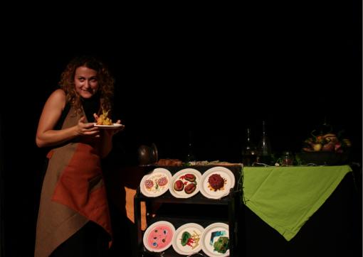 """Play with Food apparecchia per la """"grande abbuffata"""": a ottobre decima edizione del festival di teatro e cibo"""