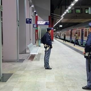 Porta Susa, a un controllo mostra una carta d'identità spagnola rubata e falsificata