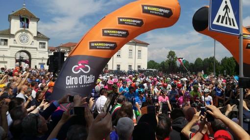 Ecco il chilometro zero: Venaria ha salutato il Giro e i suoi campioni (VIDEO E FOTO GALLERY)