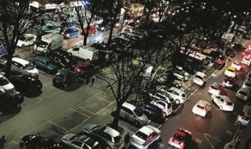 """Partite e concerti, Santa Rita """"soffoca"""" per il traffico selvaggio: il Comune valuta biglietti dei bus gratis e strisce gialloblù"""