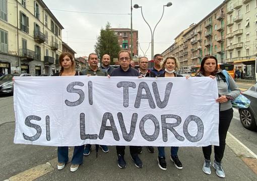 """La passeggiata della sicurezza in corso Giulio Cesare di Giachino: """"Intervenire sul declino di certi quartieri"""""""