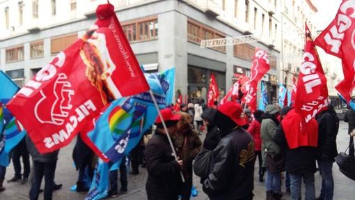 Lunedì a Torino manifestazione dei sindacati a sostegno della vertenza call center
