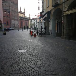 Pinerolo vista su piazza San Donato