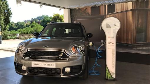 Torino, al Salone dell'Auto si rinnova la collaborazione tra Repower e MINI