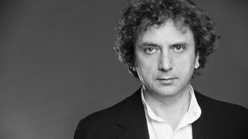 Roberto Cacciapaglia torna a esibirsi in Italia: il 29 marzo suonerà al teatro Alfieri
