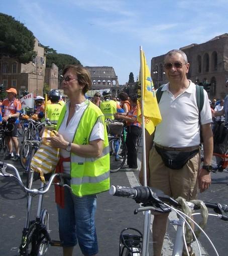 Piero Quaglia (a destra) alla manifestazione nazionale di Salvaiciclisti a Roma