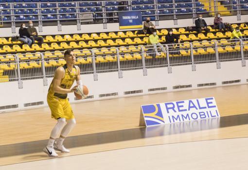 La Reale Mutua Basket Torino sfida Tortona nel recupero della prima giornata