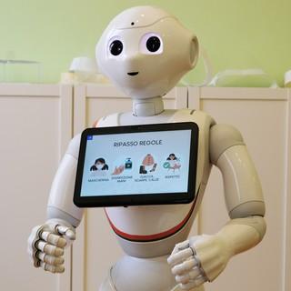 Il Robot Pepper aiuta i ragazzi disabili