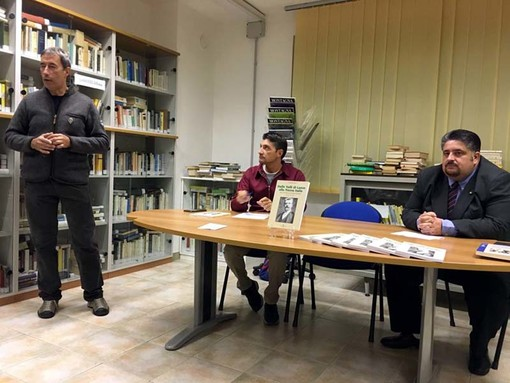 """A Cantoira presentato il libro """"Dalle Valli di Lanzo alla Nuova Italia"""", con il ricordo di Rastelli"""