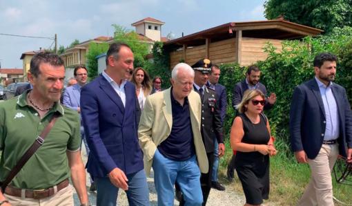 Il presidente Cirio nella villa confiscata