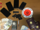 Blitz nella casa dei pusher: oltre alla droga la polizia trova anche una pistola. Due arresti