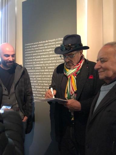 Toscani all'inaugurazione della mostra a Miradolo