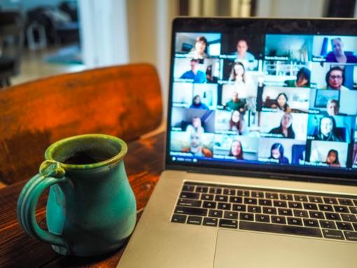 """""""Essere amministratori di condominio durante una pandemia"""": l'immagine di una riunione online"""