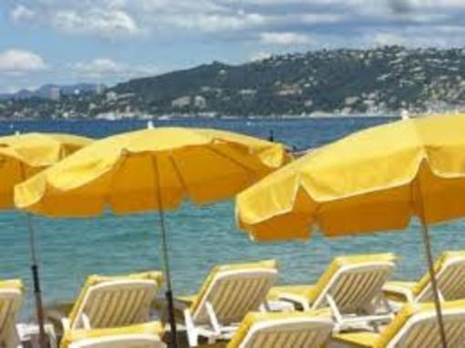 Turismo: nuovo marchio di sicurezza per facilitare la riapertura della stagione turistica in Europa