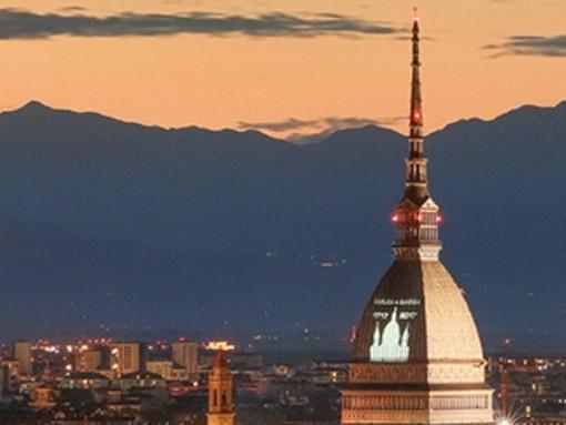 Turin Eye: in volo sul pallone per lo spettacolo dei droni