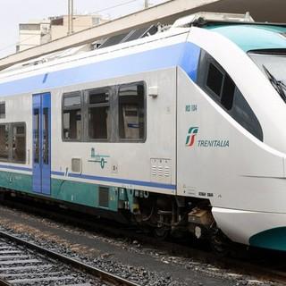 """Da domani, sabato 1° maggio, tornano i """"treni del mare"""" da Torino alla Riviera Ligure"""