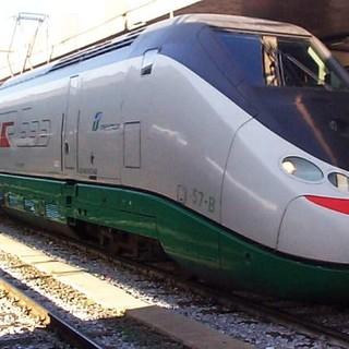 Muore dopo essere stato investito dal treno: tragedia a Torrazza