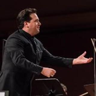 """""""Musica insieme"""" in omaggio agli operatori sanitari nel concerto dell'orchestra Rai diretto da Robert Trevino"""