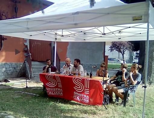Un momento della festa estiva di Sinistra italiana a Torre Pellice