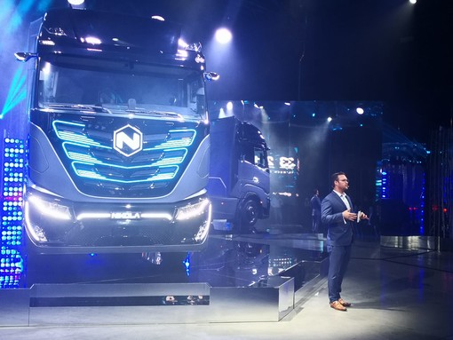 Cnh Industrial: lanciato a Torino Nikola Tre, camion elettrico ad idrogeno [FOTO e VIDEO]