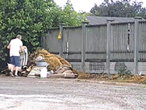 Volpiano, individuati i responsabili di abbandoni di rifiuti e atti vandalici