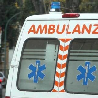 In corso Belgio due motociclisti feriti dopo uno scontro con un'auto