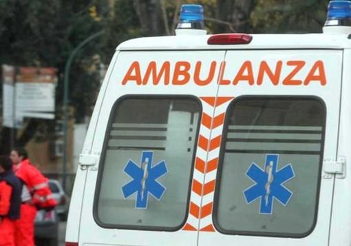 Strambino, scontro tra furgone e auto: un ferito in gravi condizioni