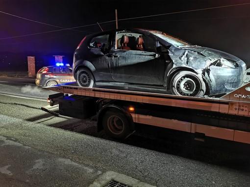 Buriasco, travolti da una vettura nella notte: un morto e un ferito. L'investitore arrestato per omicidio stradale