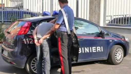 Controlli al Kappa Futur Festival, banda rapinatori collanine in azione: i carabinieri arrestano un minorenne