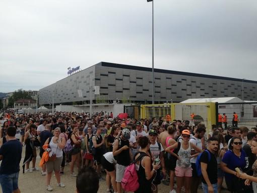Liga-mania, code davanti allo stadio Olimpico già molte ore prima del concerto [FOTO e VIDEO]