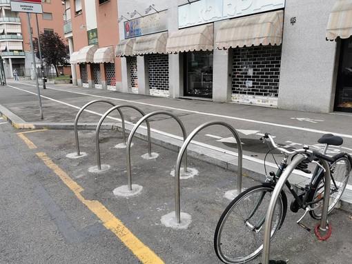 Nuovi stalli per biciclette e motocicli nelle Circoscrizioni 2 e 8