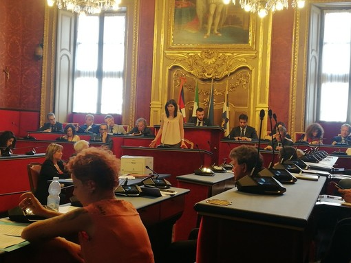 Olimpiadi 2026 a Torino, passa la delibera del M5S: la minoranza si astiene