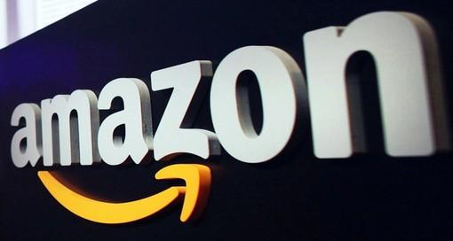 Assalto a un furgone di Amazon a Rivalta, rubati alcuni pacchi