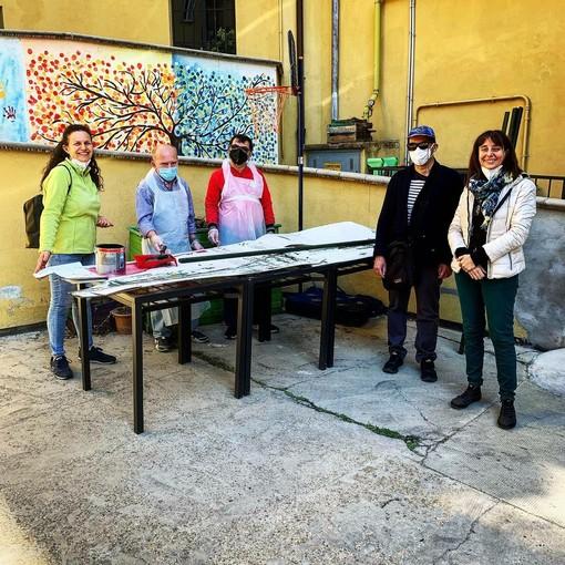 Volontari in piazza Paravia