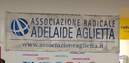 """Radicali in piazza a Ferragosto, manifestazione """"per la Democrazia"""""""