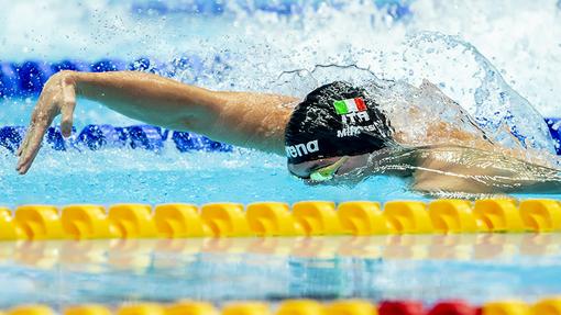 Alessandro Miressi è vicecampione europeo in vasca corta nei 100 stile libero, con il nuovo record italiano