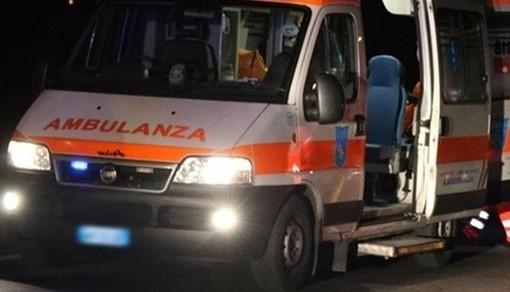 A5, auto si schianta contro il guardrail all'altezza di Volpiano: morto un ragazzo