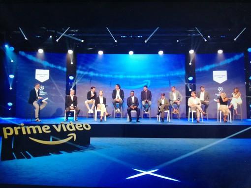 la presentazione della prossima stagione di Champions con calciatori e giornalisti
