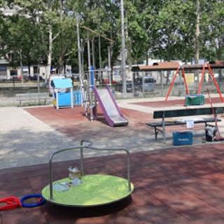 Parchi e giardini, altre sette aree giochi riqualificate